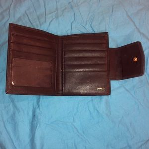 Buxton wallet with coin pouch
